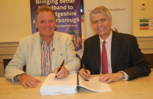 ConnectingCambridgeshirecontractsigning